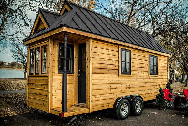 Tiny Home Designs: Tumbleweed-tiny-house-cypress-black-roof-hp-1