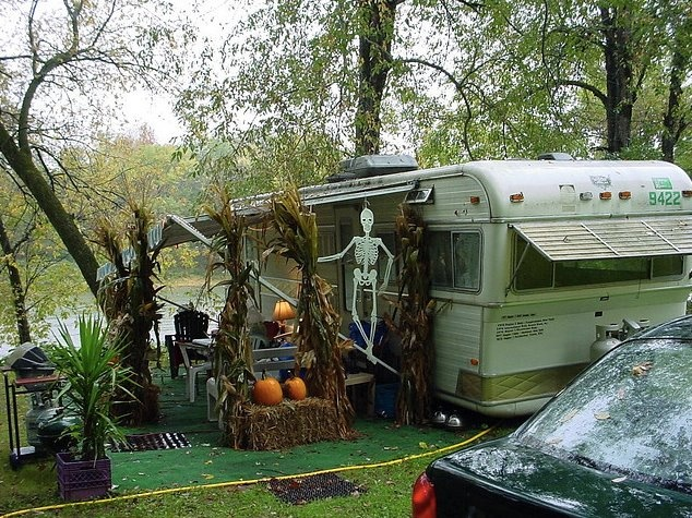 Turn Your Rv Into A Haunted House This Halloween Rvshare Com