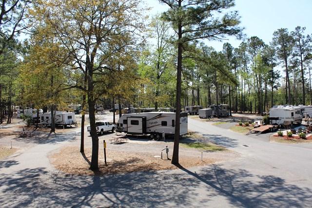 Top 10 campgrounds rv parks in savannah hinesville georgia for Trailer rental savannah ga