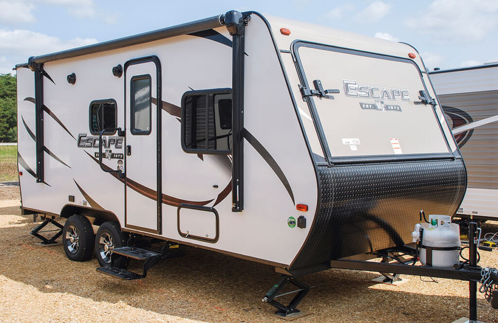 Bets RV for a Family of Four: K-Z Escape Hybrid