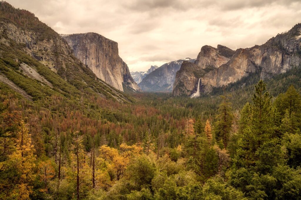 fall time in Yosemite National Park