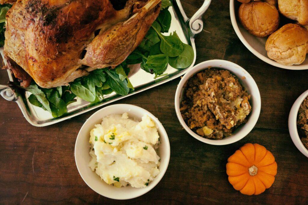 a thanksgiving dinner spread