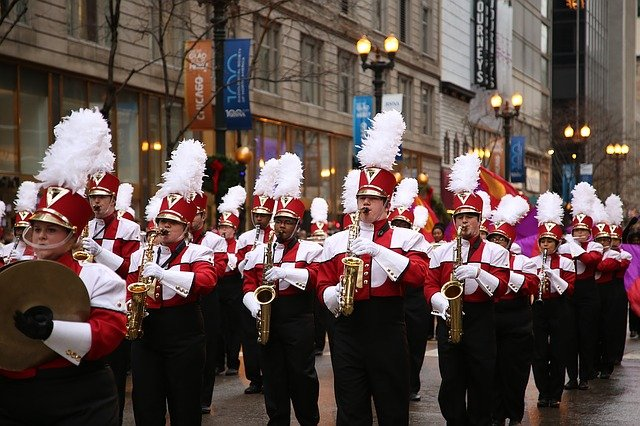 a band marching in a Thanksgiving parade