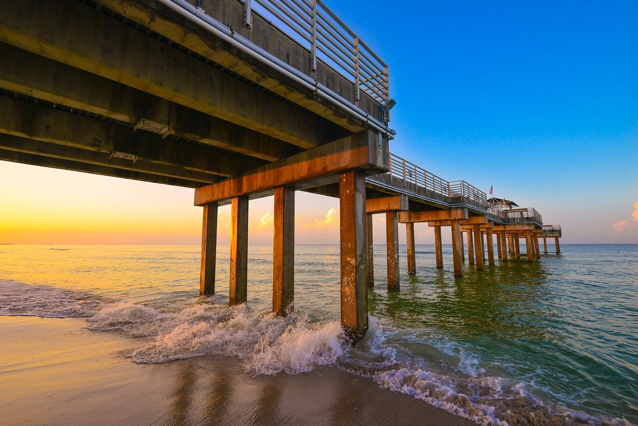 A pier over the beautiful waters of Gulf Shores, Alabama.