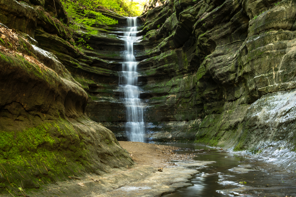 Early spring in French Canyon, Starved Rock state park, Illinois.