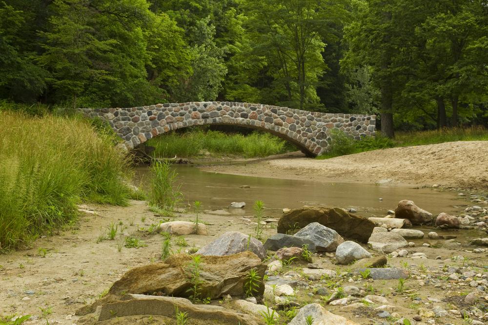 Peas Creek & Bridge inside Ledges State Park