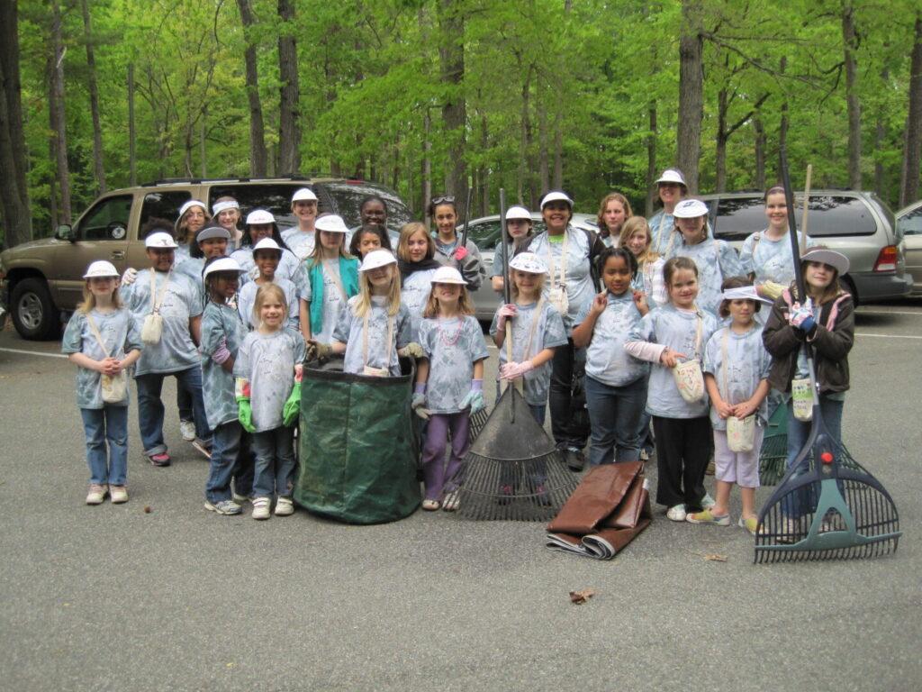 Volunteers at state park