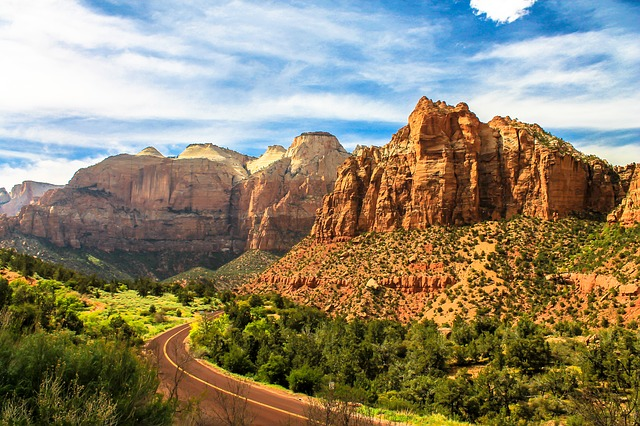 the cliffs of Zion National Park