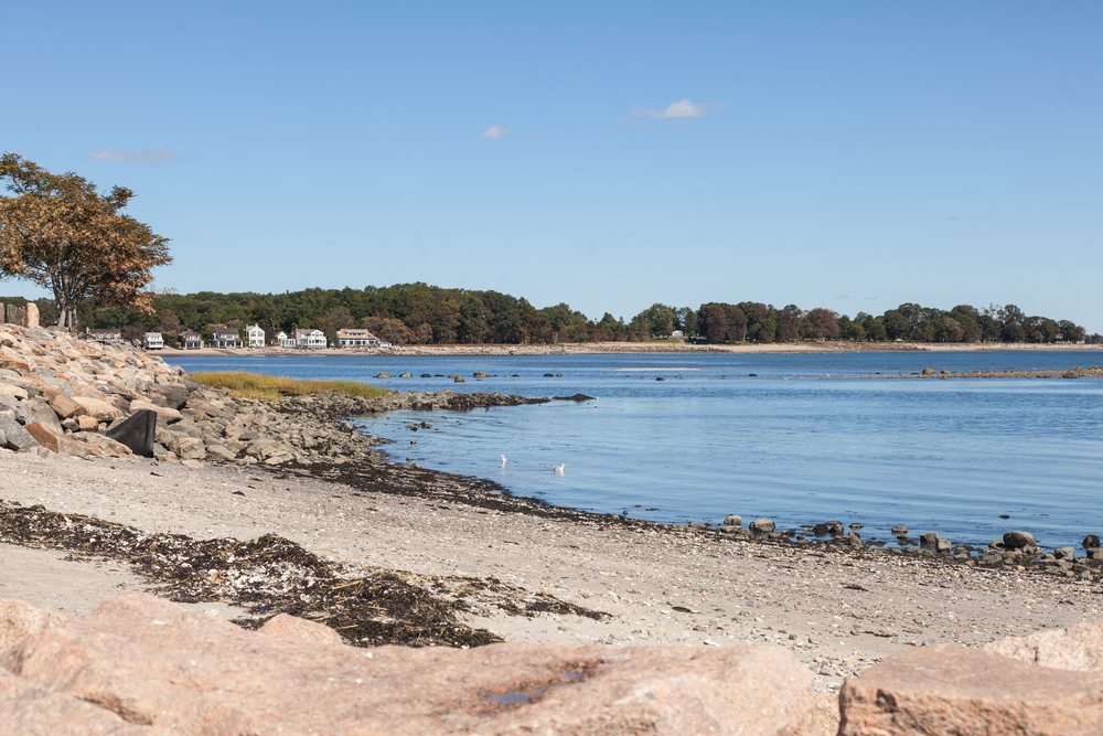 Compo Beach is a 29 acre park with an extensive sand beach along the shore of Long Island Sound and boarders the Saugatuck River.