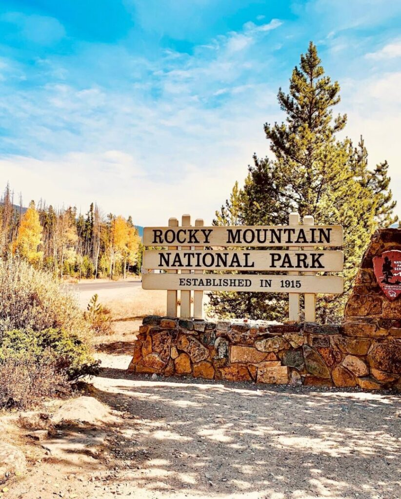 Entry sign to Rocky Mountain National Park