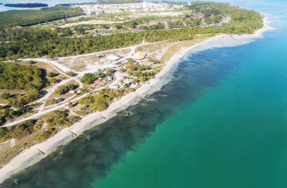 Florida, USA, Key Biscayne National Park and the beach, aerial view