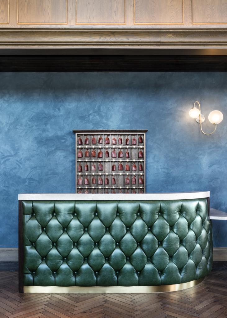 Ramble Hotel Rustico leather in Primevera