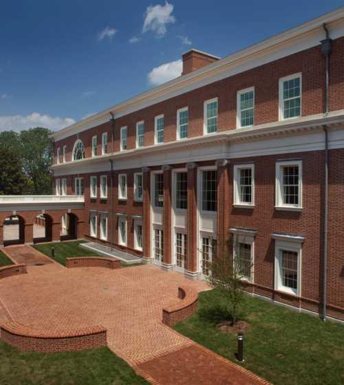 Breneman-Courtyard