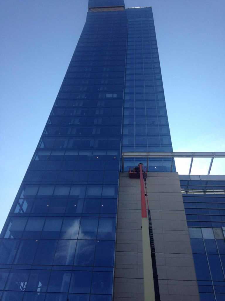 Roofing-Cleveland-Hilton-Downtown (2)