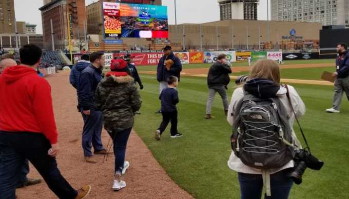Mud Hens Feat image