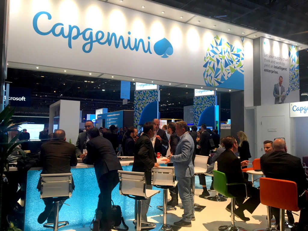 Capgemini's Expert Bar with attendees
