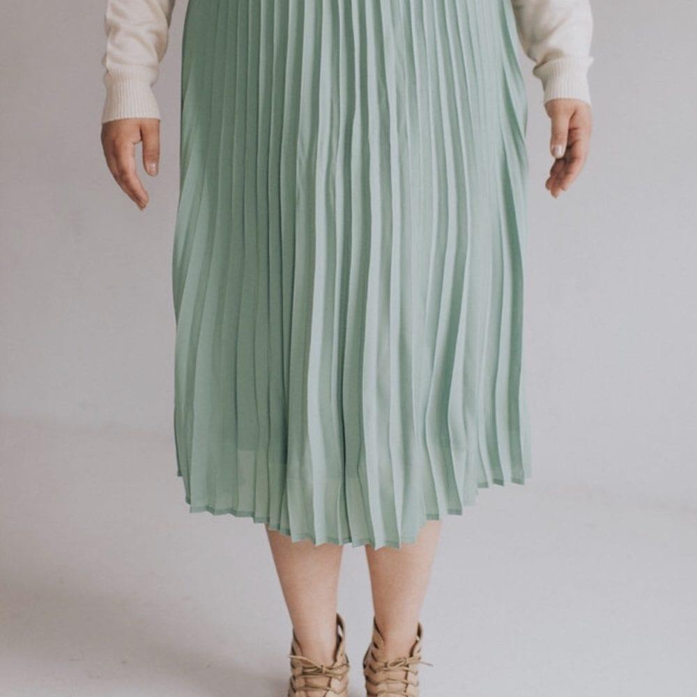 3654fd35a765 Mint Midi Skirt – Ashley LeMieux