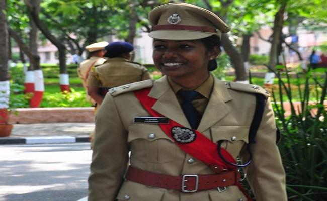 देश की पहली महिला IPS जिसे सौंपी गई किसी मुख्यमंत्री की सुरक्षा की जिम्मेदारी