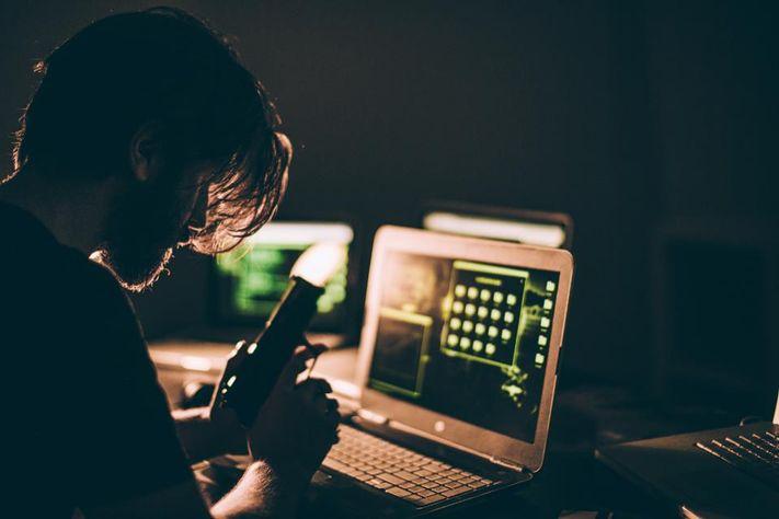आतंकियों का नया हथियार बना VPN,  पाक में बैठे आकाओं से साध रहे संपर्क
