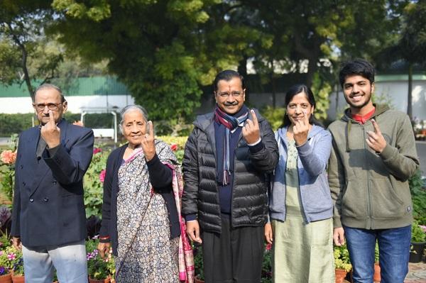 Delhi Elections 2020: आपकी भागीदारी लोकतंत्र को मजबूत करती है- अरविंद केजरीवाल