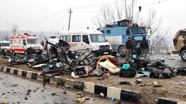 Pulwama Attack: पुलवामा हमले के एक साल, 40 जवानों ने गंवाईं थी जान