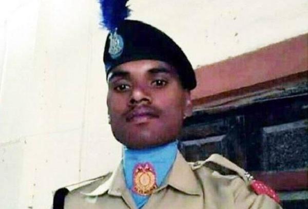 Pulwama Attack: घर के मंदिर में पूजे जाते हैं शहीद अश्विनी