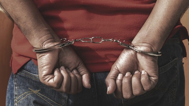 CRPF के वाहन पर हमला करने वाला इनामी नक्सली धराया, 7 जवान हुए थे शहीद