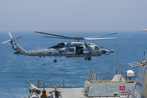 समुद्र में भारत को मिलेगी ताकत, नौसेना में शामिल होंगे MH-60 रोमियो हेलीकॉप्टर्स