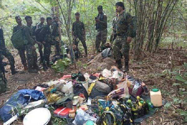 मध्य प्रदेश: पुलिस ने नक्सलियों के कैंप पर धावा बोला, मुठभेड़ के बाद भागे नक्सली