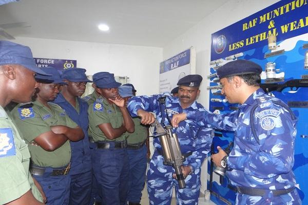 मेरठ के RAPO एकेडमी में क्राउड कंट्रोल ट्रेनिंग शुरू, जिम्बाब्बे पुलिस के अधिकारी ले रहे भाग