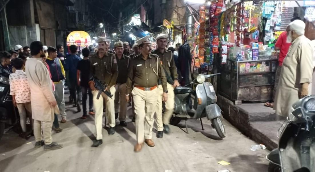 Delhi Riots: अफवाहों ने फिर फैलाई दिल्ली में दहशत, रातभर पुलिस ने किया गश्त