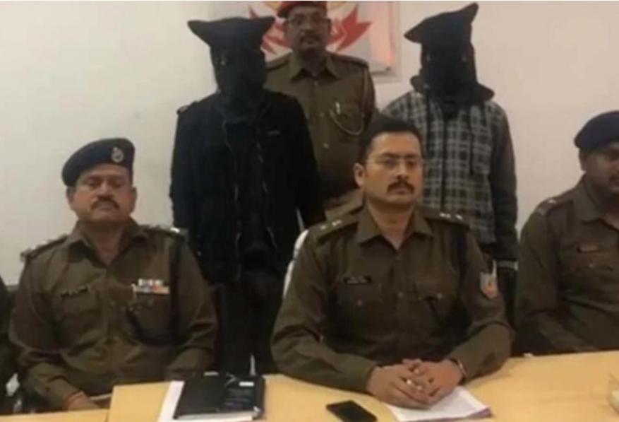 लातेहार पुलिस को मिली सफलता, लेवी वसूलने आए 2 अपराधियों को पैसे के साथ धर दबोचा