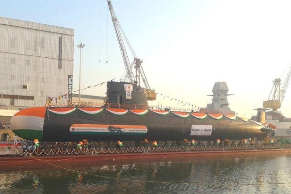 INS 'Karanj': समुद्र में दुश्मनों को चकमा देने में माहिर, जानिए Indian Navy की इस पनडुब्बी की खासियत