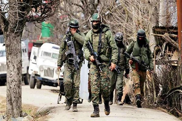 Jammu-Kashmir: पुलवामा में सुरक्षाबलों पर आतंकियों ने किया हमला; अनंतनाग में मुठभेड़, दो जैश आतंकी हुए ढेर