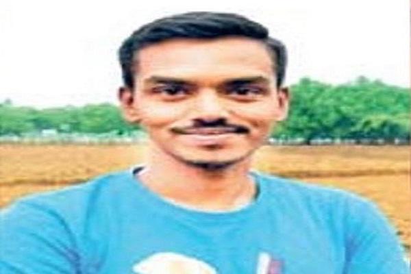 Sukma Naxal Attack: जन्मदिन पर घर आने का वादा कर गए थे शहीद हेमंत मानिकपुरी