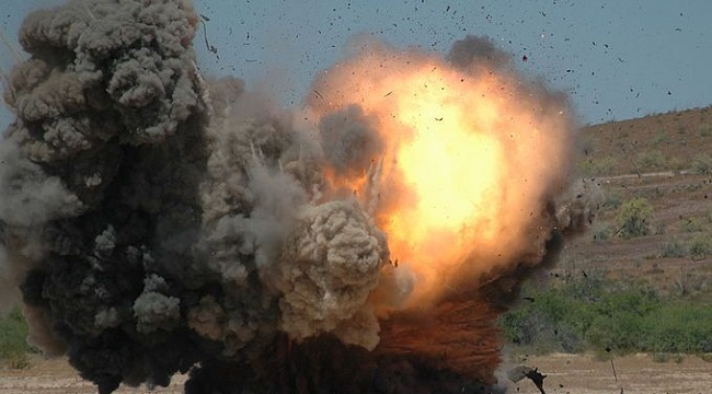 छत्तीसगढ़: सुकमा में CRPF का एक अधिकारी शहीद और 7 जवान घायल, नक्सलियों ने बारूदी सुरंग में किया विस्फोट