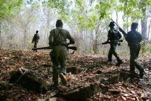 Chhattisgarh: अबूझमाड़ में नक्सली मुठभेड़, DRG का जवान शहीद