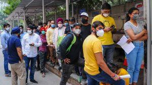 Coronavirus Updates: रूस को पछाड़कर टॉप 3 में पहुंचा भारत, संक्रमितों की संख्या ने सबको चौंकाया