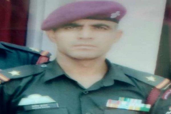 जम्मू-कश्मीर: परिवार का एकमात्र सहारा थे हिमाचल के शहीद सूबेदार संजीव कुमार