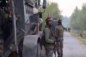 जम्मू-कश्मीर: बडगाम में सुरक्षाबलों से मुठभेड़ में 2 आतंकी ढेर, सर्च ऑपरेशन जारी