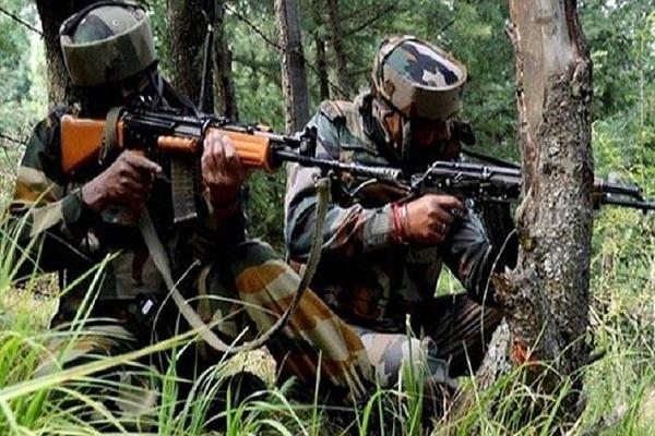 जम्मू-कश्मीर: कुलगाम में मुठभेड़, सुरक्षाबलों ने चार आतंकियों को किया ढेर