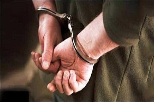 Jammu-Kashmir: पुलिस के हत्थे चढ़ा लश्कर का आतंकी, 2 ग्रेनेड बरामद