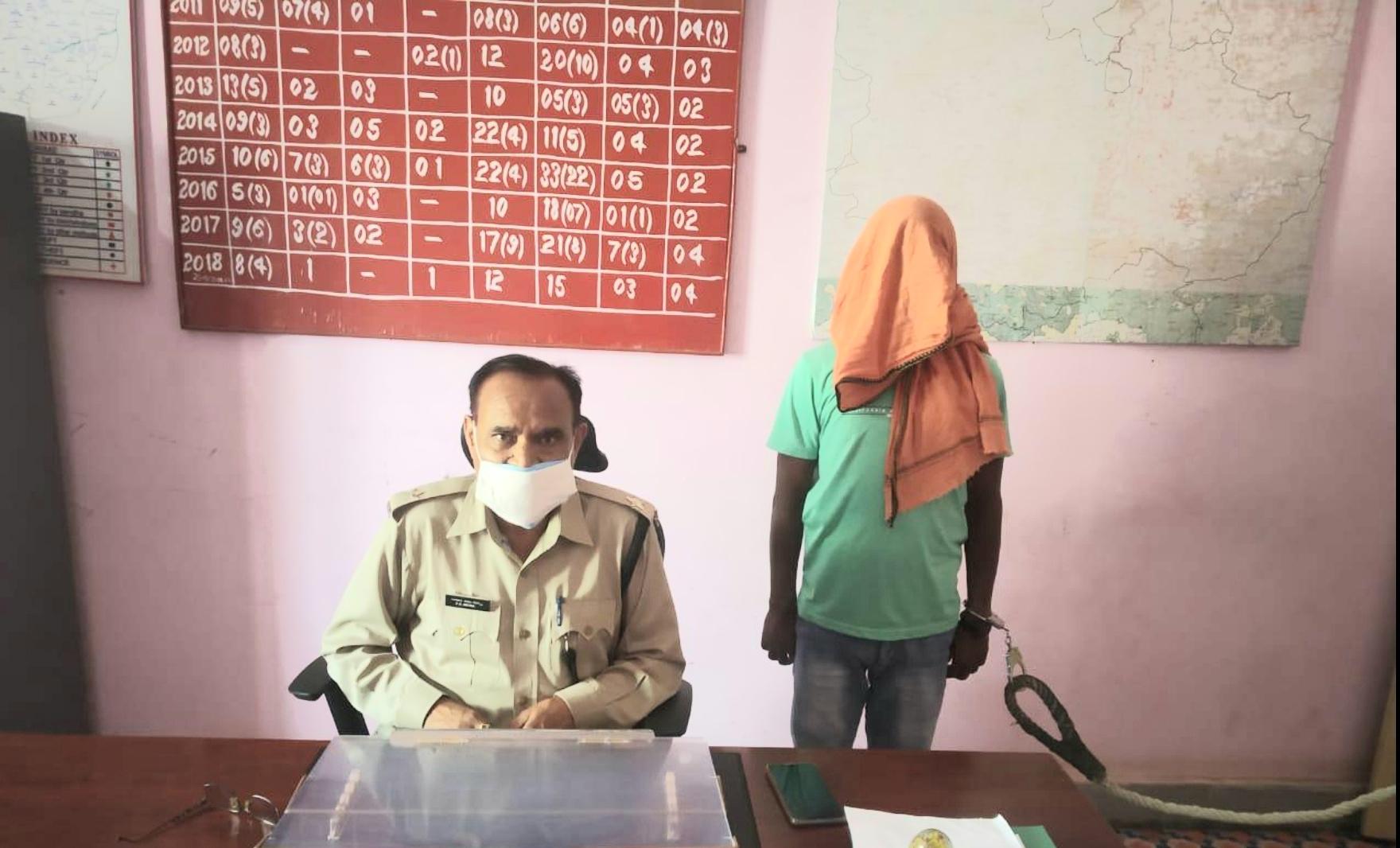 झारखंड-बिहार का मोस्ट वांटेड नक्सली गिरफ्तार, कई नक्सली वारदातों का है आरोपी