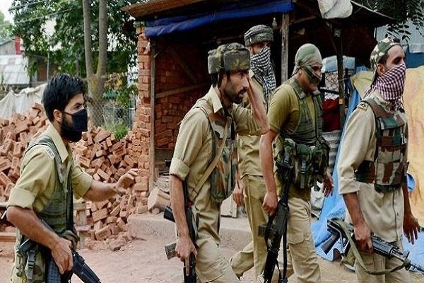 जम्मू-कश्मीर: बडगाम से लश्कर के 4 सहयोगी गिरफ्तार, आतंकियों को कर रहे थे लॉजिस्टिक सप्लाई