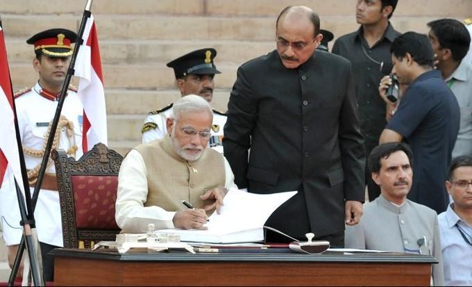 26 मई 2014: आज ही के दिन गुजरात का एक चायवाला बना देश का 15वां प्रधानमंत्री
