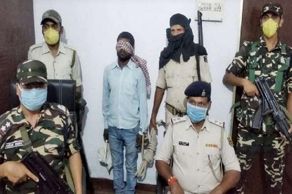 दौड़ते हुए बम तैयार करने में है माहिर, गिरफ्तार हुआ नक्सलियों का आईईडी एक्सपर्ट