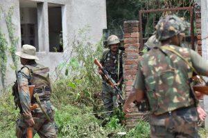 कश्मीर में बैठे मौत के सौदागरों के डेथ वारंट पर भारतीय सेना ने किये हस्ताक्षर, आतंकियों को जहन्नुम भेजने के लिए जवानों की गोलियां बेताब