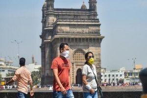 Coronavirus: देश में बीते 24 घंटे में आए 15,388 नए केस, राजधानी दिल्ली में 3 मरीजों की मौत