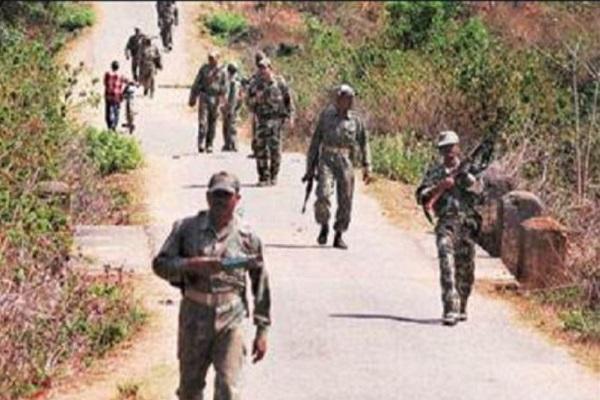 Madhya Pradesh: मंडला जिले में मुठभेड़, जवानों ने 2 नक्सलियों को किया ढेर