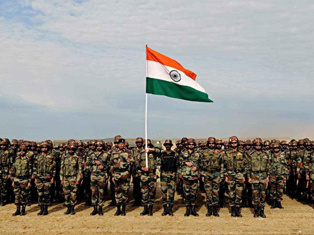 Indian Army: छुट्टी लेकर घर आते हैं जवान, पर हाईकमान के ऑर्डर पर लौटना पड़ता है